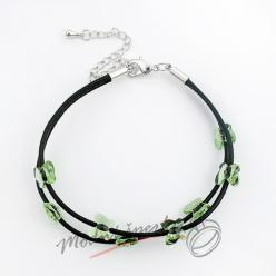 Náramek s krystaly Swarovski Elements drobní zelení motýlci