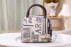 Voděodolná plátěná kabelka - Newspaper