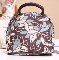 Voděodolná plátěná kabelka hnědá s modrými květy