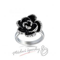 Prsten s černou květinou
