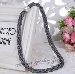Třpytivý náhrdelník černočirý