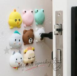 Tlumící polštářek na dveře