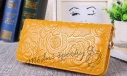 Kožená peněženka s růžemi - žlutá